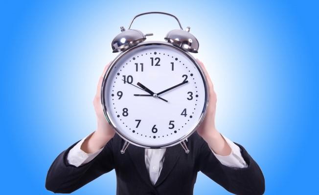 Men's ticking 'biological clock' may put partner, kids at health risk.